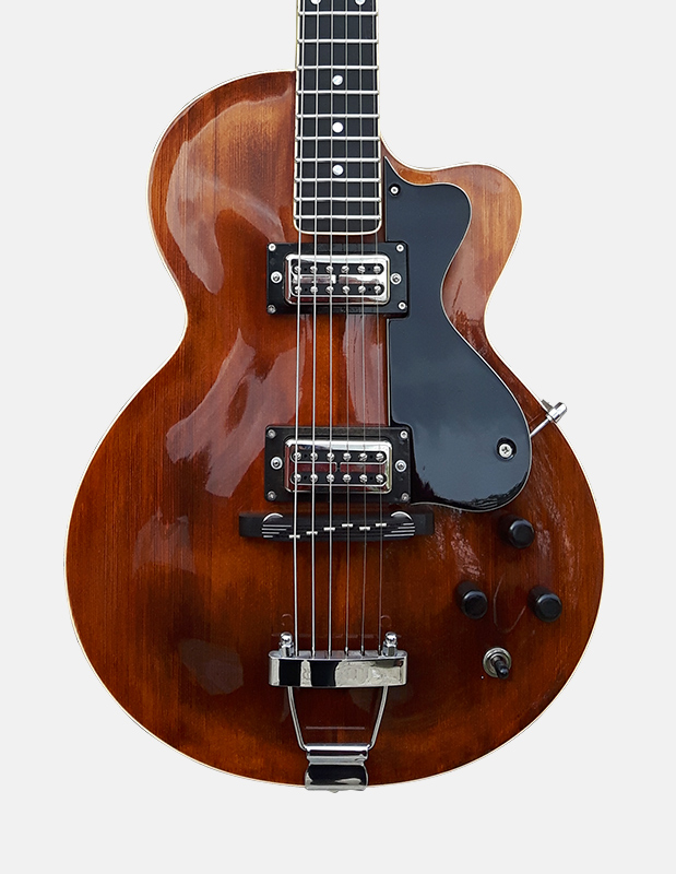 Sabolovic Guitar Club model : an electric guitar archtop with an incredible versatile sound