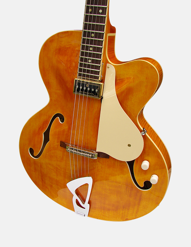 The Sabolovic Duchesse is a thin electric archtop guitar offering the perfect compromise on the sound.